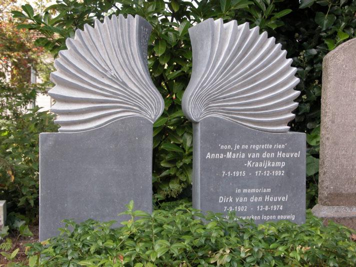 Gedenkbeeld Vrijheid Marianne van den Heuvel