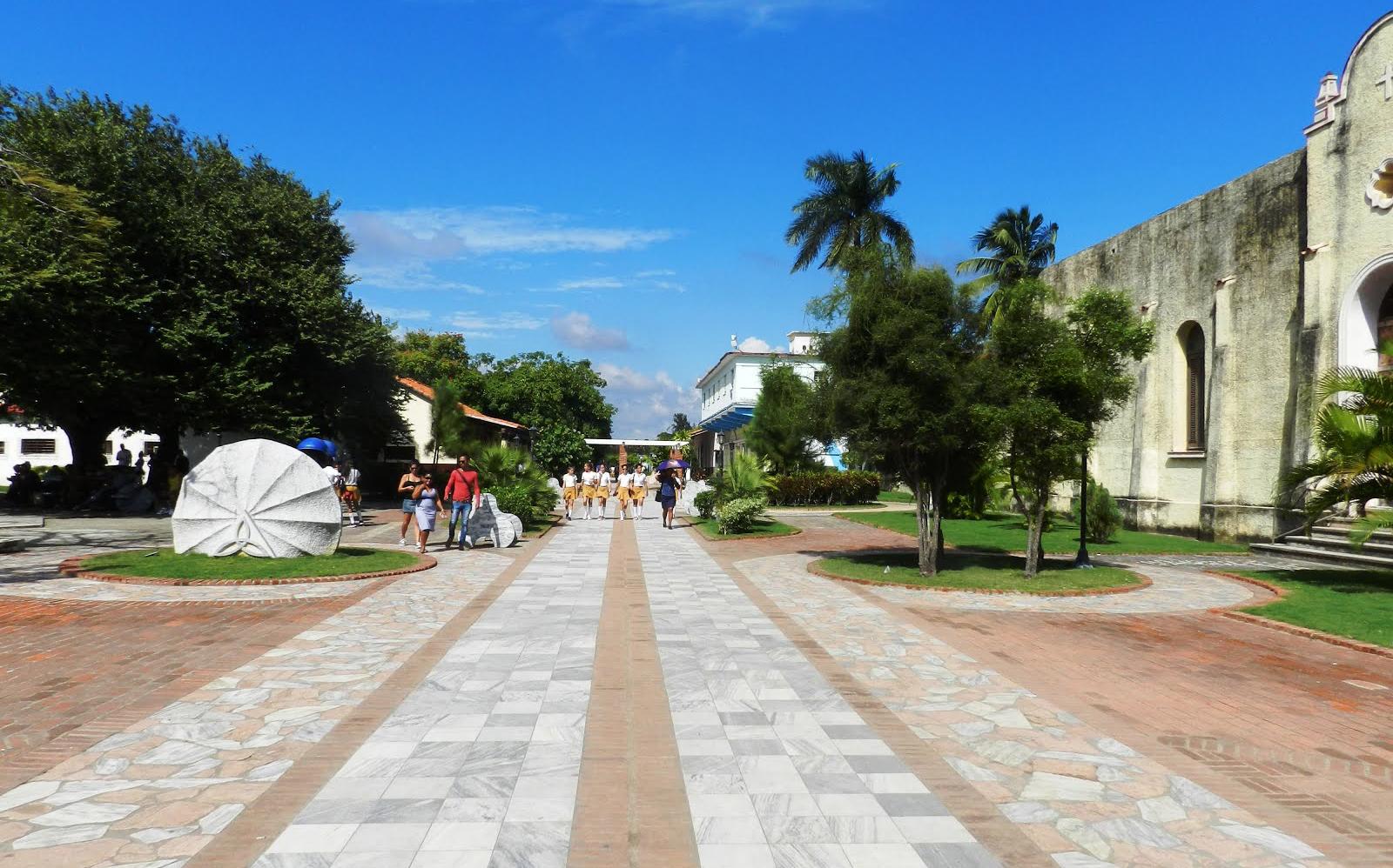 'HOMENAJE', CUBA